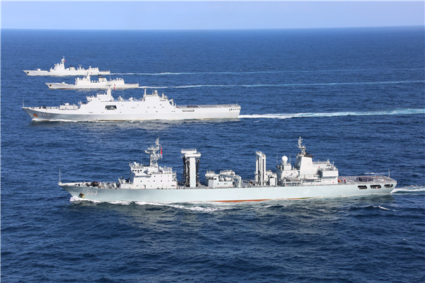 南部战区海军远海联合训练1.jpg