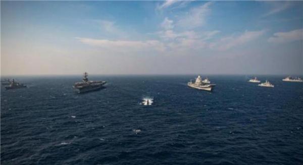 """11月17日,美海军""""尼米兹""""号航母与印度海军""""超日王""""号航母在印度洋编队航行。.png"""